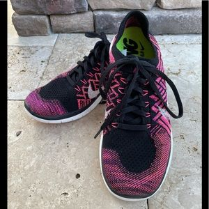 Nike Running Barefoot Ride 4.0 Pink Black 8.5